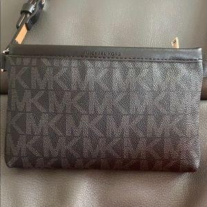 Michael Kors NWOT Waist Pouch Bag